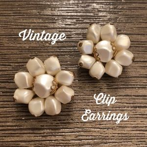 Vintage Faux White Pearl Cluster Clip Earrings